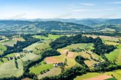 Herz des Mostviertels im Sommer. Blick von Biberbach Richtung So